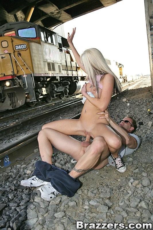 Ruchanko na kolei